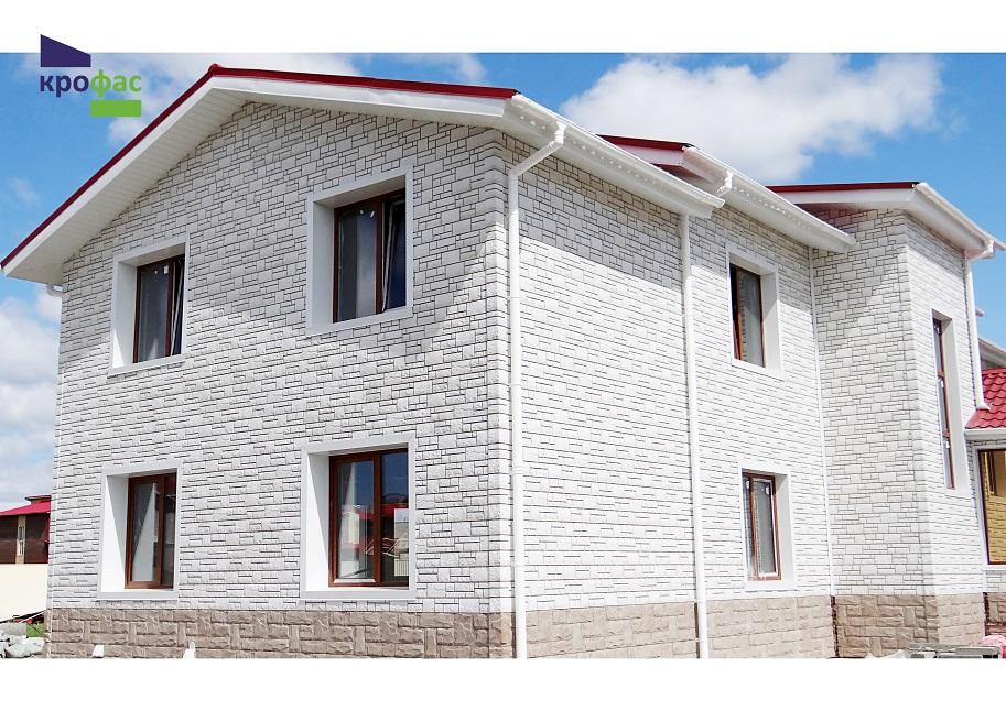Обшивка дома фасадной панелью